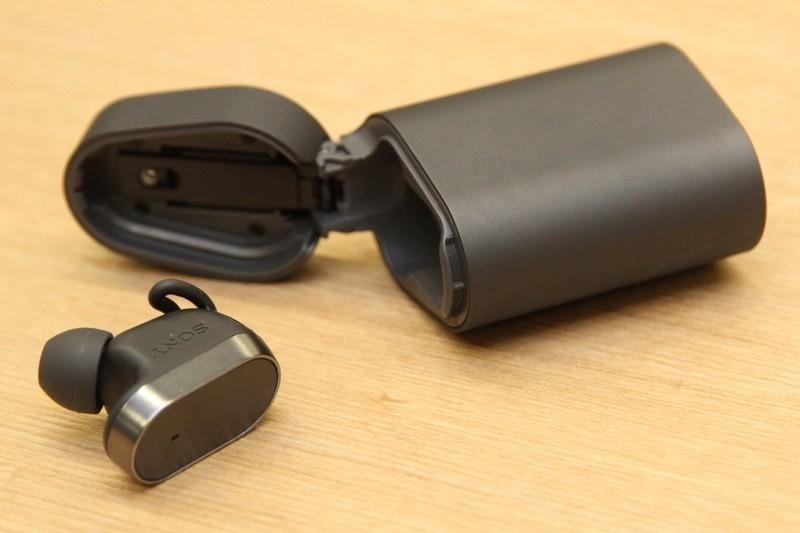是內建語音助理的單耳耳機 Sony Xperia Ear將以220美元售價上市這篇文章的首圖