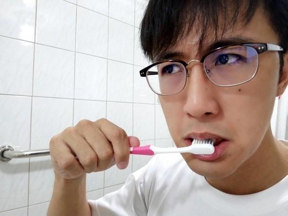 是開箱/飛利浦Sonicare鑽石靚白音波震動牙刷(HX9372),5大清潔模式「震」出潔白清新口齒這篇文章的首圖