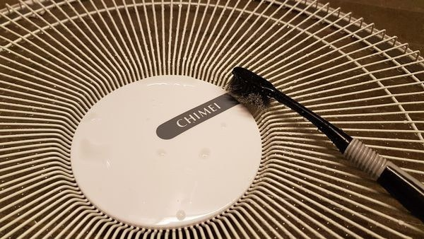 是[生活] 輕鬆清潔電風扇的好幫手「廢棄舊牙刷」別急著丟!這篇文章的首圖