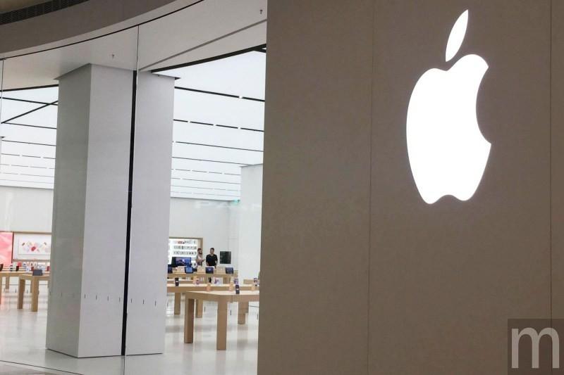 是台灣首間Apple Store直營店揭下剪紙紅幕 但仍要等7/1正式啟用…這篇文章的首圖