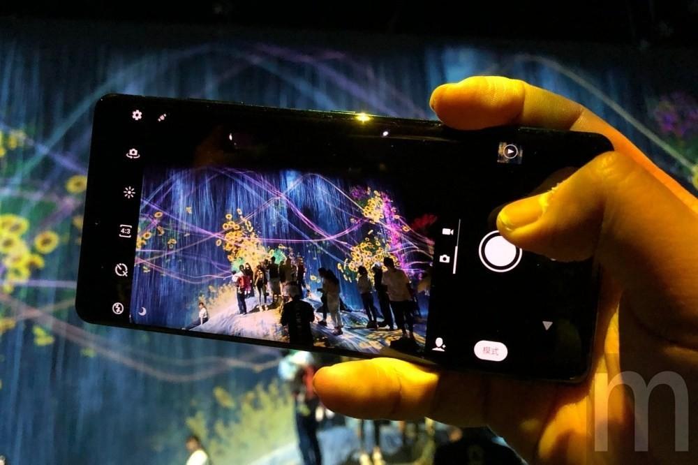 是動手拍/Xperia XZ3與XZ2、XZ Premium,以及更多手機拍攝表現比較這篇文章的首圖