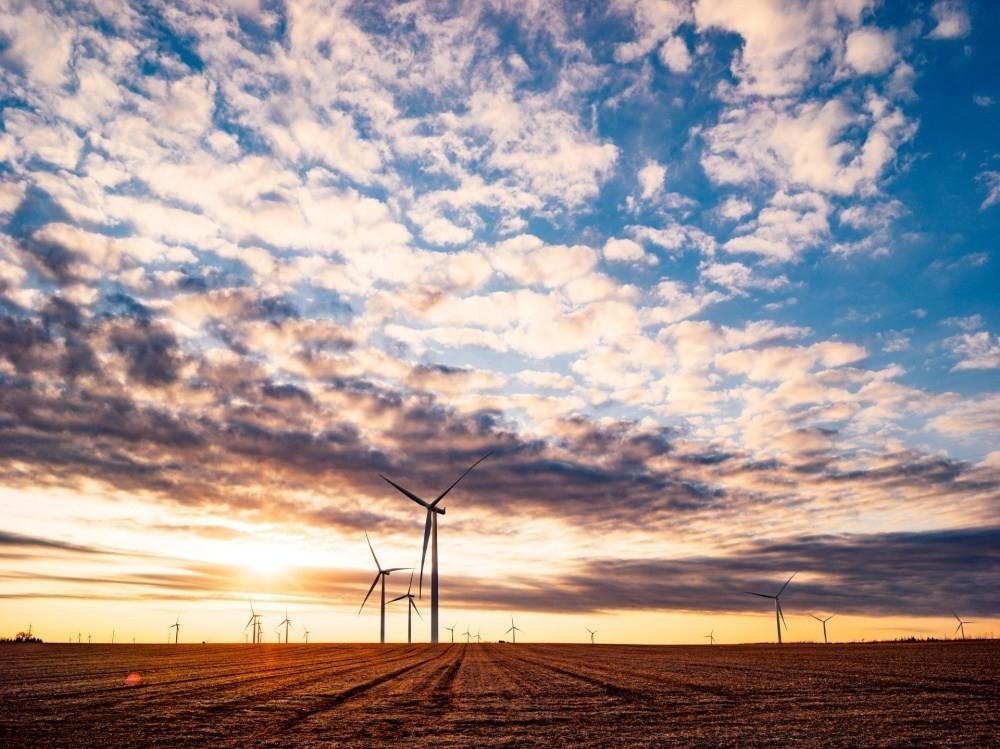 是Facebook將在2020年底全面導入再生綠能,同時降低75%排碳量這篇文章的首圖
