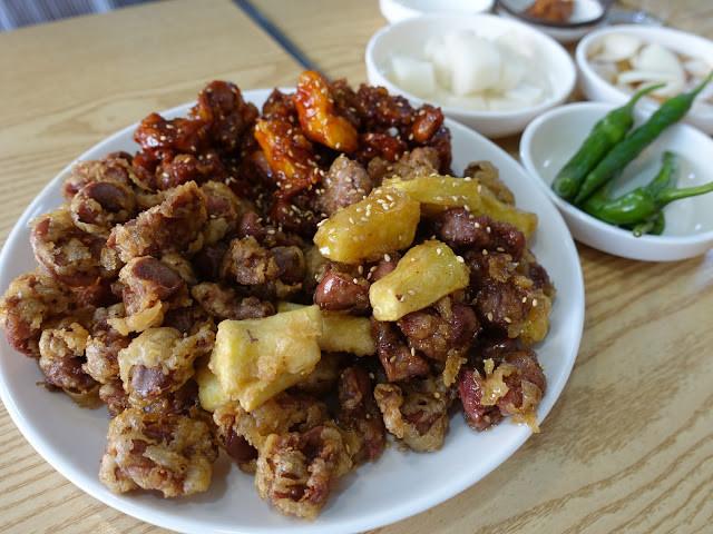 是[食記] 釜山大邱 愛玩客介紹超下酒韓式炸雞胗 很熱情的阿珠媽這篇文章的首圖
