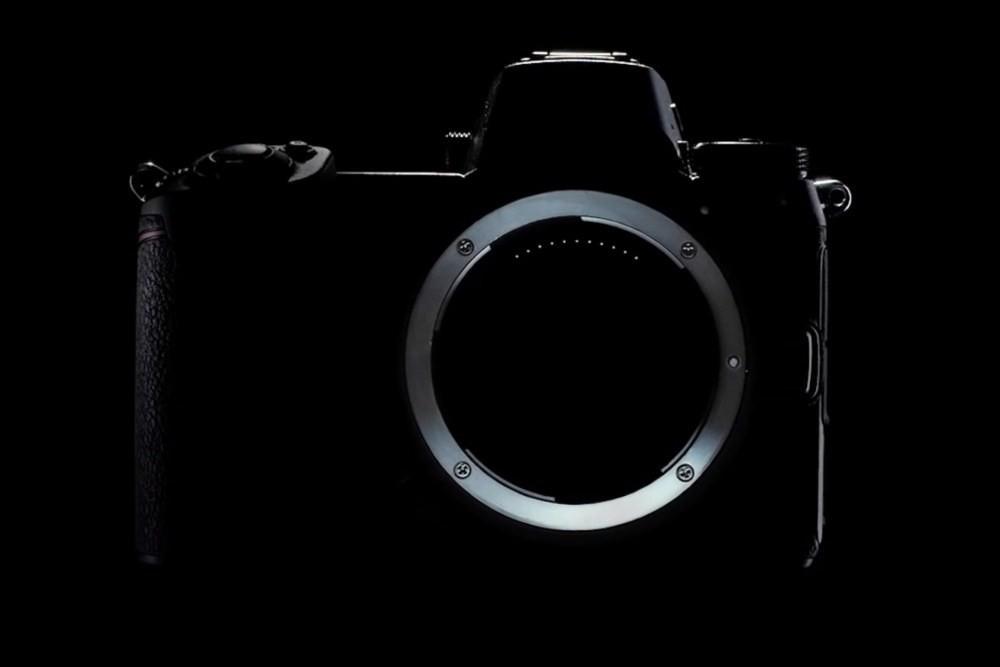 是Nikon第二波預告影片,可以清楚看見新款全片幅無反相機接環設計這篇文章的首圖