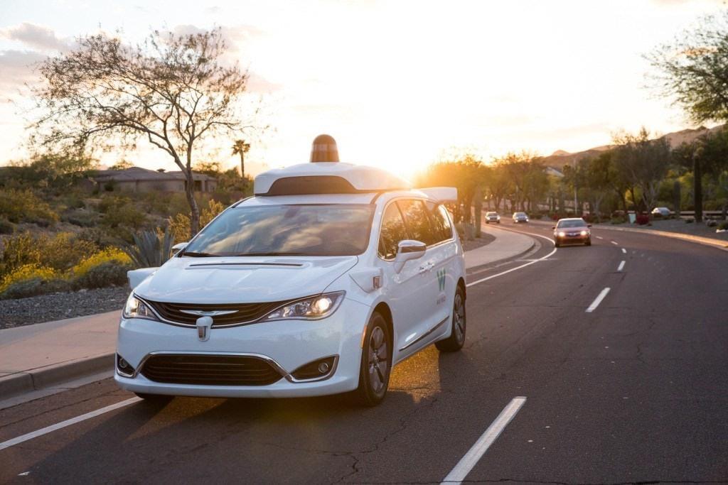 是Waymo與亞利桑那州業者合作 開始將自動駕駛導入服務應用這篇文章的首圖