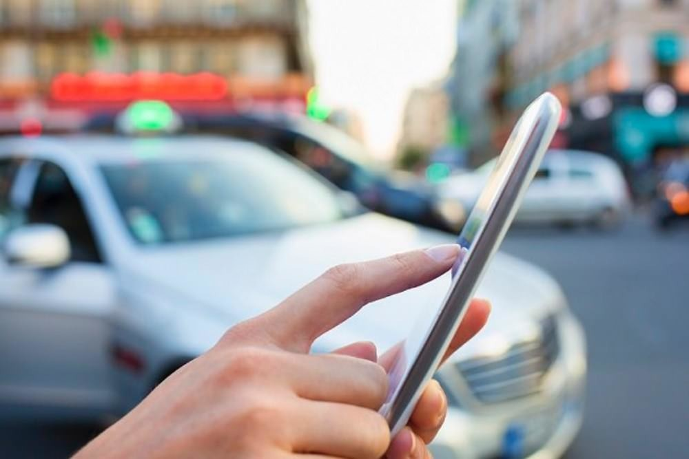 是自駕車搭乘服務上路 可能先面臨衛生清潔等問題這篇文章的首圖