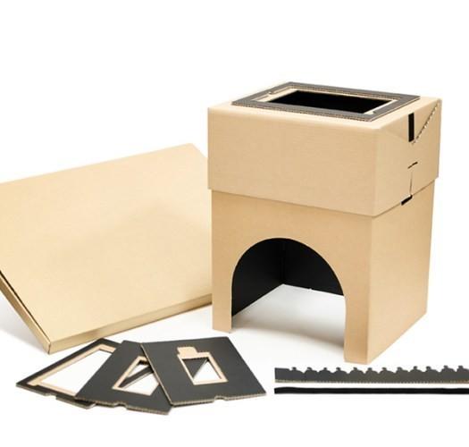 是睡在床上看電影的好方法,你也來打造一個 Cardboard Home Cinema這篇文章的首圖