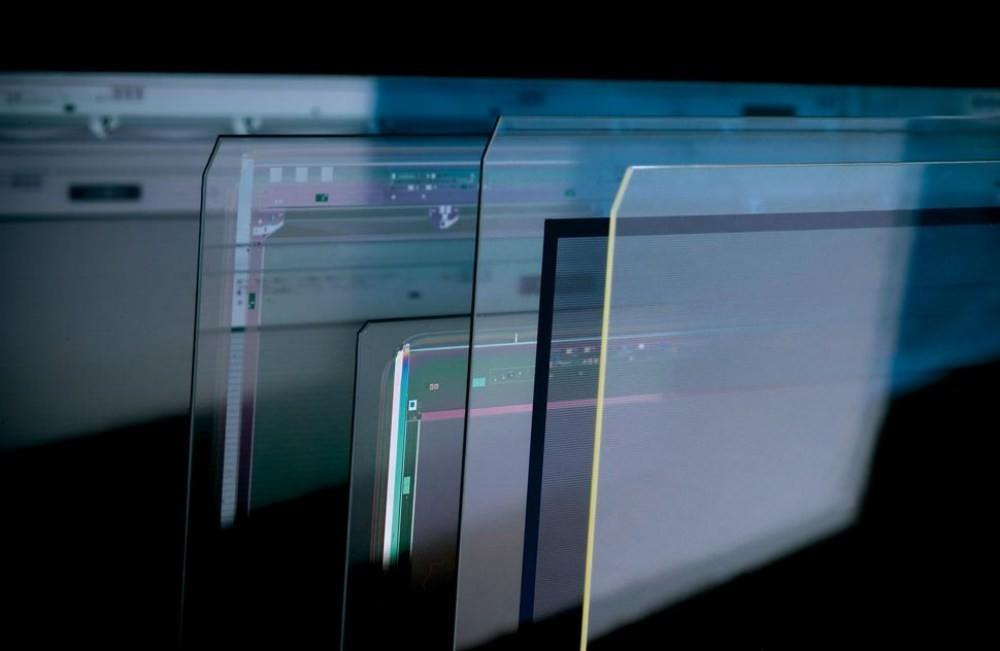 是康寧打造全新Iris Glass 讓大尺寸螢幕電視可以更薄、顯色效果更好這篇文章的首圖
