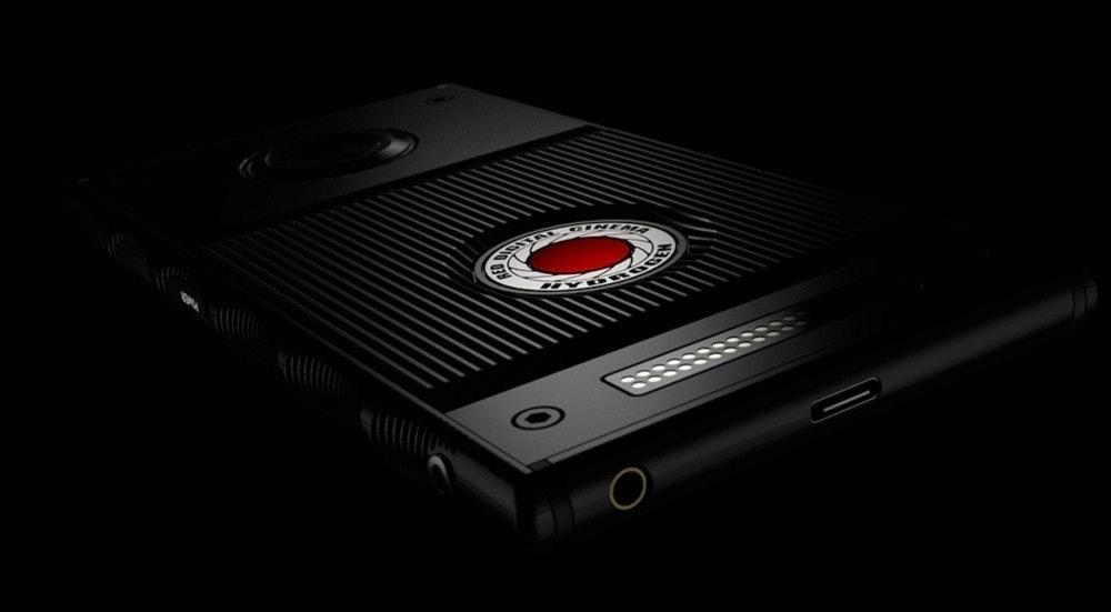 是RED首款智慧型手機Hydrogen One終於確定11月供貨,開發者將會更早拿到這篇文章的首圖