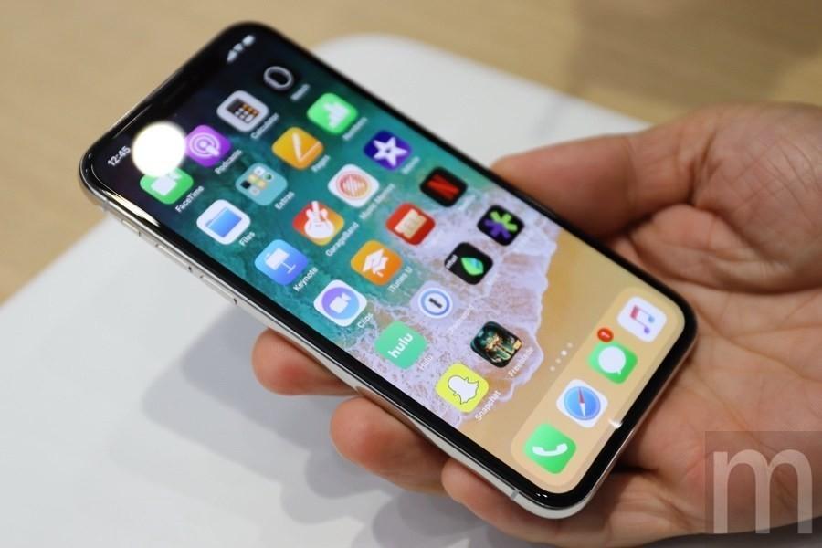 是相比自身銷售Galaxy S8累積獲利 三星在iPhone X零件供應可能賺進更高金額這篇文章的首圖