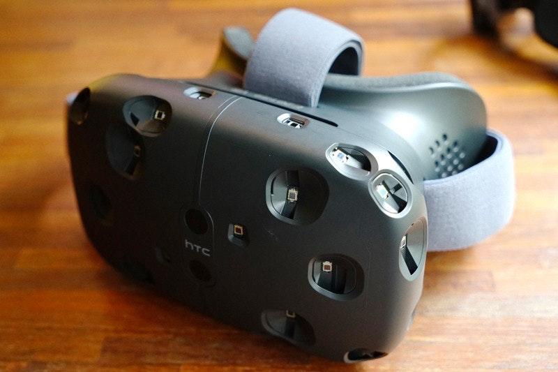 是HTC VIVE將更新 確認明年4月上市這篇文章的首圖