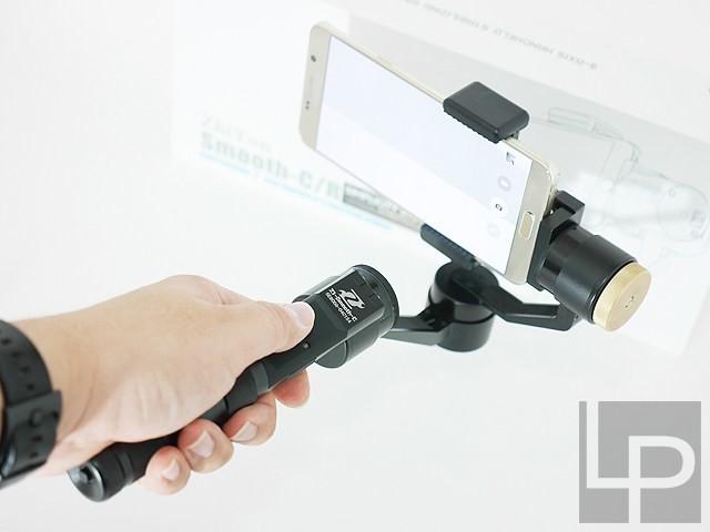 是手機拍片必備!智雲Z1 Smooth C三軸穩定器動手玩這篇文章的首圖