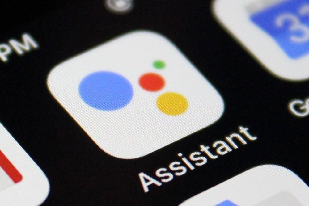 是新版Google Assistant或許能幫使用者等待漫長電話接通這篇文章的首圖