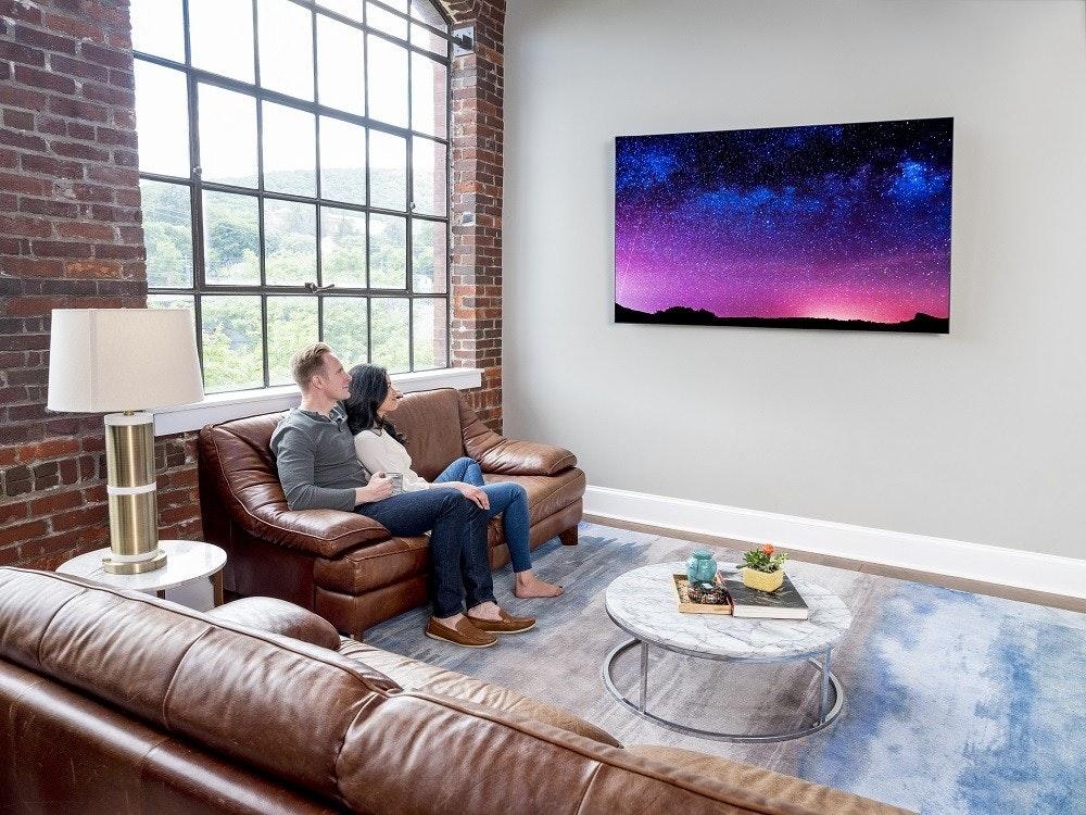 是康寧打造可對應高階筆電、平板與大尺寸8K電視使用玻璃製品這篇文章的首圖