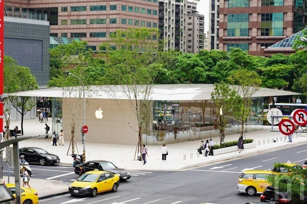 是蘋果台灣首間旗艦店「Apple 信義 A13」內部陳設搶先看這篇文章的首圖