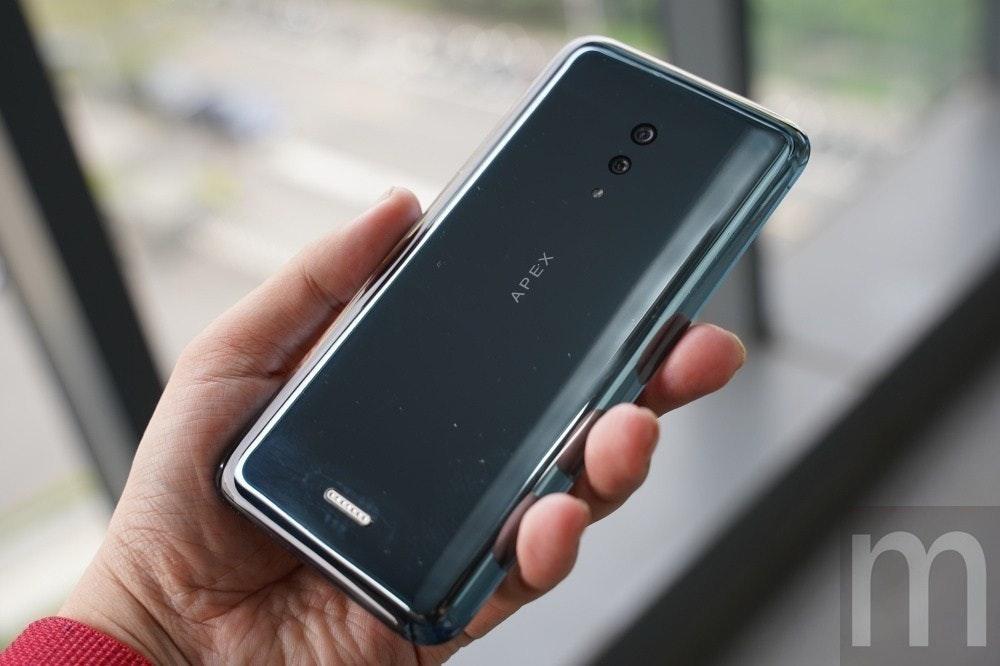 是vivo將於上海MWC展示120W超快閃充技術,預計用於首款5G連網手機這篇文章的首圖
