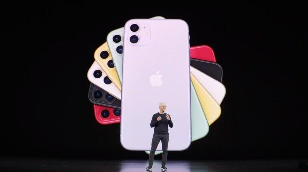 是iPhone 11接續iPhone XR成功經驗,加上雙鏡頭主相機與新色這篇文章的首圖