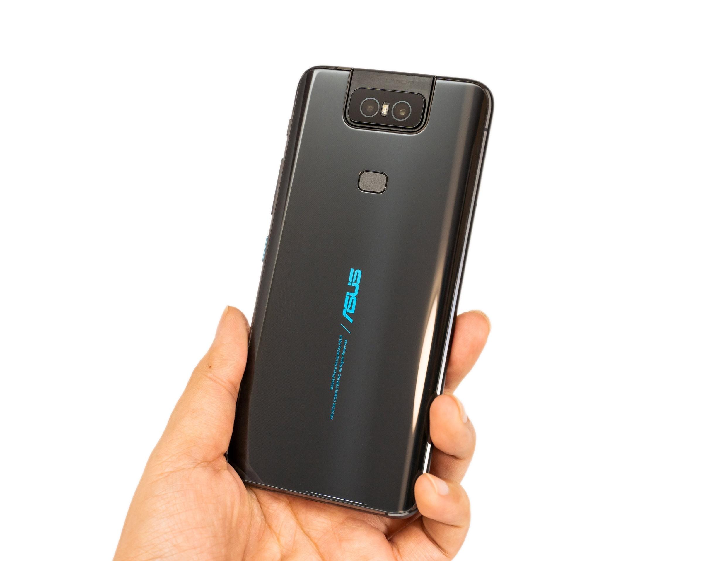 是ZenFone 6 性能電力測試速報!5000mAh 大電量是最創新實用的旗艦機嗎?這篇文章的首圖