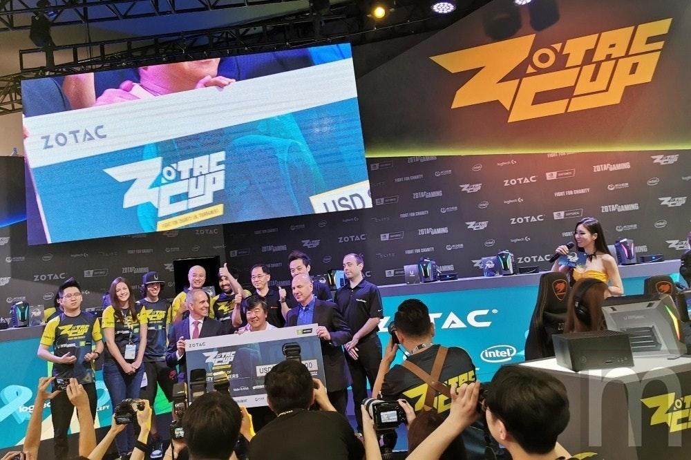 是舉辦英雄聯盟慈善杯決賽之餘,Zotac展示多款迷你電腦應用新品這篇文章的首圖