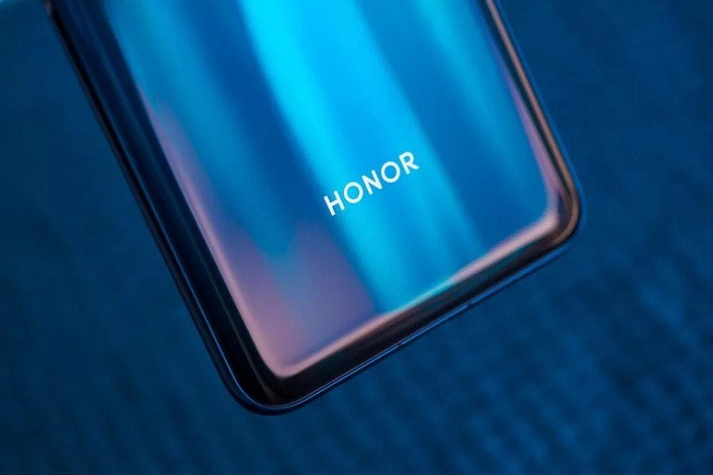 照片中提到了HONOR,跟本卡拉肯有關,包含了榮譽20專業網、榮譽30、榮耀9X Pro、華為榮譽20、華為榮譽20 Pro 6.26英寸48MP四方後置攝像頭NFC 8GB RAM 128GB ROM麒麟980八核4G智能手機