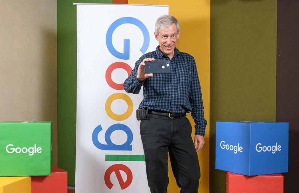 照片中提到了Google Google、Google、Geogle,跟谷歌、谷歌有關,包含了馬克·利沃伊、馬克·利沃伊、像素3a