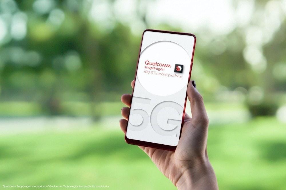 照片中提到了Qualcomm、snapdragon、690 5G mobile platform,跟高通公司有關,包含了高通金魚草、金魚草865、5G