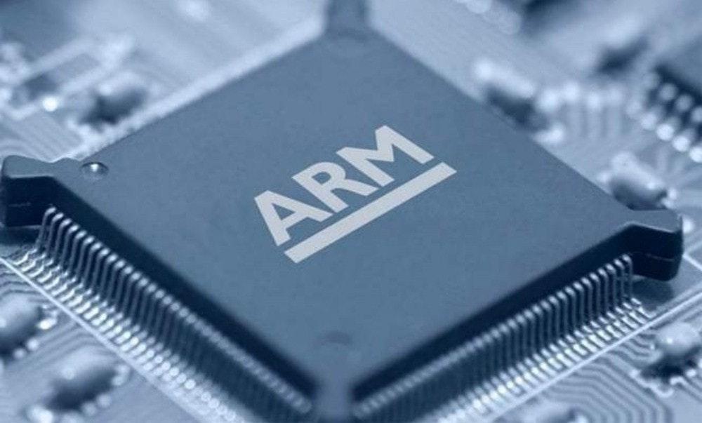照片中提到了ARM,跟武器控股有關,包含了手臂芯片、ARM架構、中央處理器、電腦