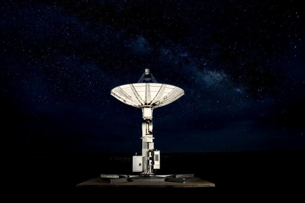 照片中包含了大氣層、靜物攝影、天空、大氣層、空間