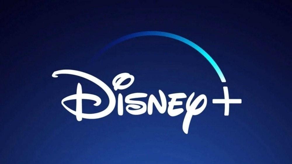 照片中提到了DISNEY+,跟華特迪士尼世界有關,包含了迪士尼+徽標、迪士尼+、沃爾特迪斯尼公司、流媒體、商標