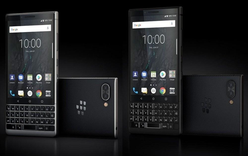 照片中提到了100 1000、100 1、Google,跟專業時裝集團有關,包含了黑莓鑰匙2 le vs鑰匙2、黑莓KeyOne、BlackBerry Key2、手機、黑莓