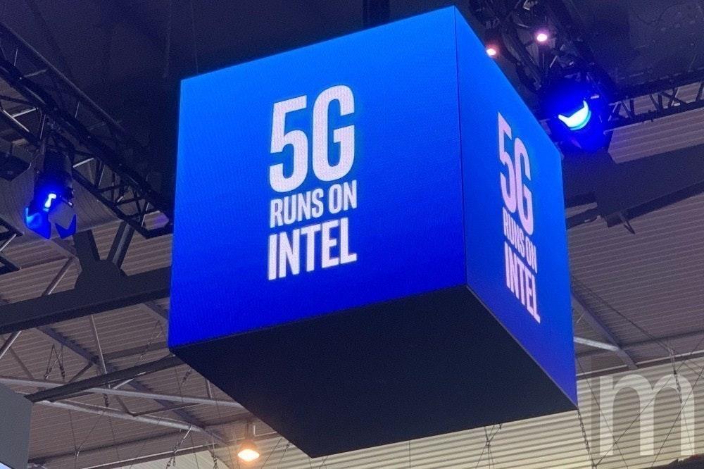 照片中提到了5G、ALNX、RUNS ON,包含了展示廣告、高通公司、5G、集成電路、英特爾
