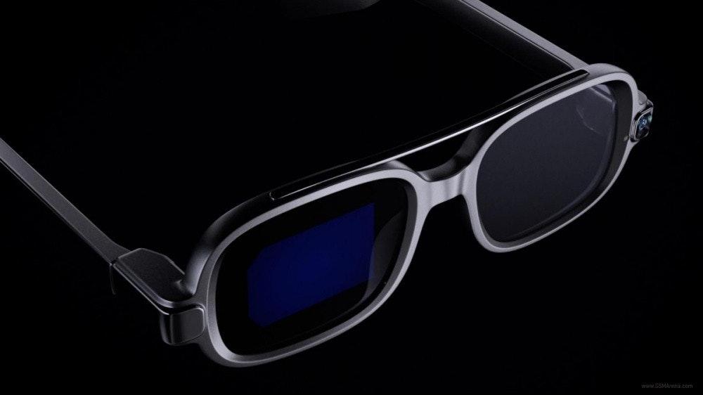 照片中提到了www.GSMArena.com,跟沃爾沃汽車有關,包含了智能眼鏡、智能眼鏡、小米、2021 年 9 月 14 日、可穿戴技術