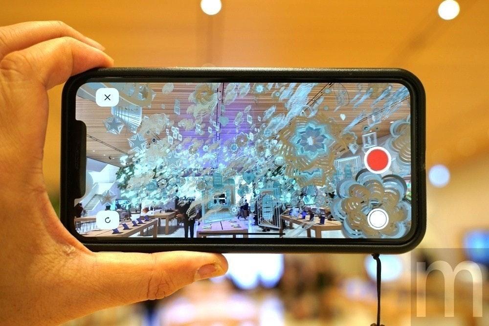 照片中跟iPhone X有關,包含了擴增實境應用、增強現實、蘋果、智能眼鏡、混合現實
