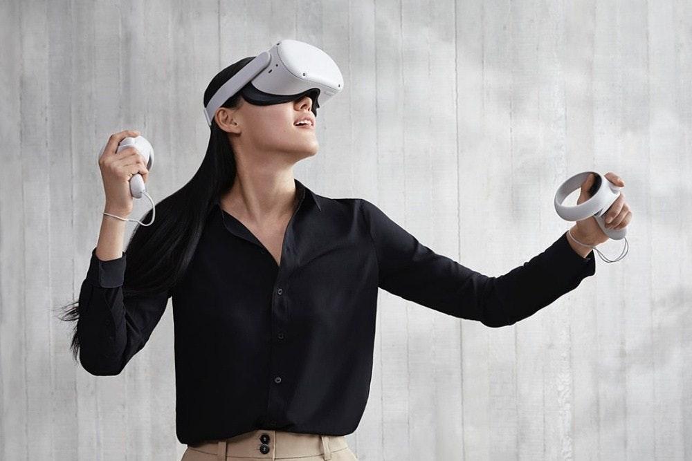 照片中提到了00,包含了Oculus Quest 2、Oculus Quest 2、虛擬現實耳機、Oculus任務、Oculus VR