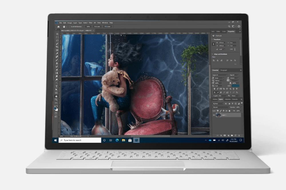 """照片中包含了屏幕、微軟 Surface Book 3(15 英寸)、表面書、Microsoft Surface Book 3 (13.5"""")、Surface Go 2"""