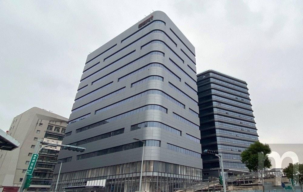 照片中包含了商業建築、房地產、高層建築、儀表、混合使用