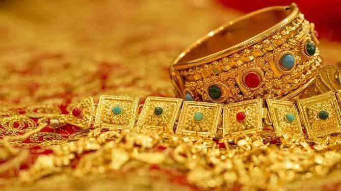 照片中包含了黃金珠寶、金、珠寶店、首飾、項鍊