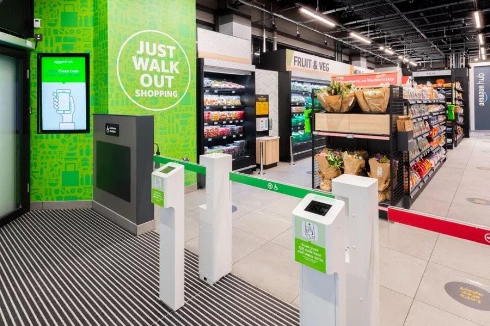 照片中提到了JUST、WALK、OUT,包含了零售、亞馬遜網、亞馬遜新鮮、倫敦、零售