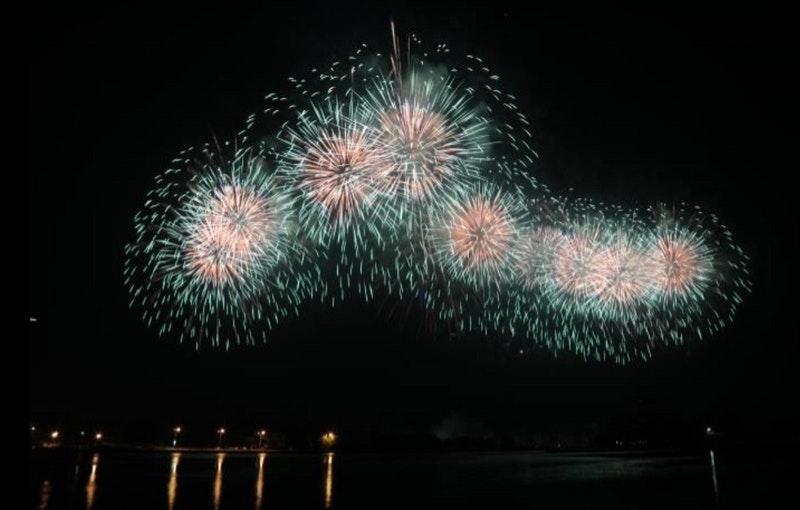 2020雙十國慶煙火YouTube直播線上看:台南漁光島施放、晚上20點開始、全長33分鐘