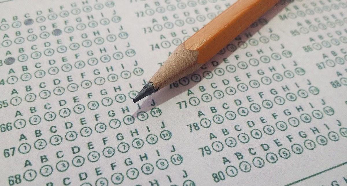 照片中提到了120、73G、A B,包含了標準化測試、測試、標準化測試、國際英語語言測試系統、教育評估