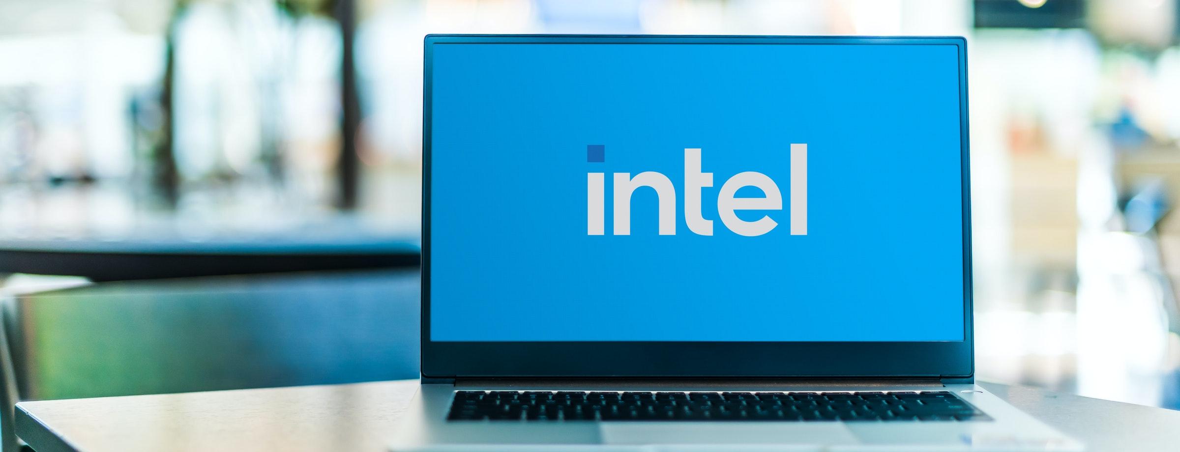 照片中提到了intel、Bel,跟Intellia治療學有關,包含了筆記本電腦、筆記本電腦、電腦、電腦硬件、電腦顯示器