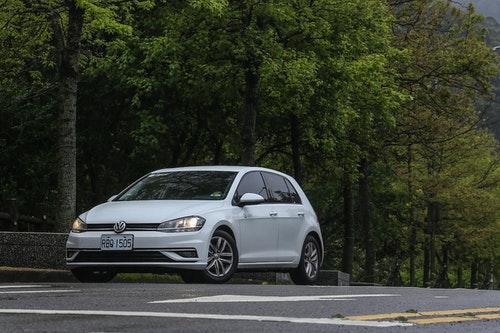 共享汽車 Zipcar 試駕心得:以時計費、多元德系車款,不用養車也能有好車開