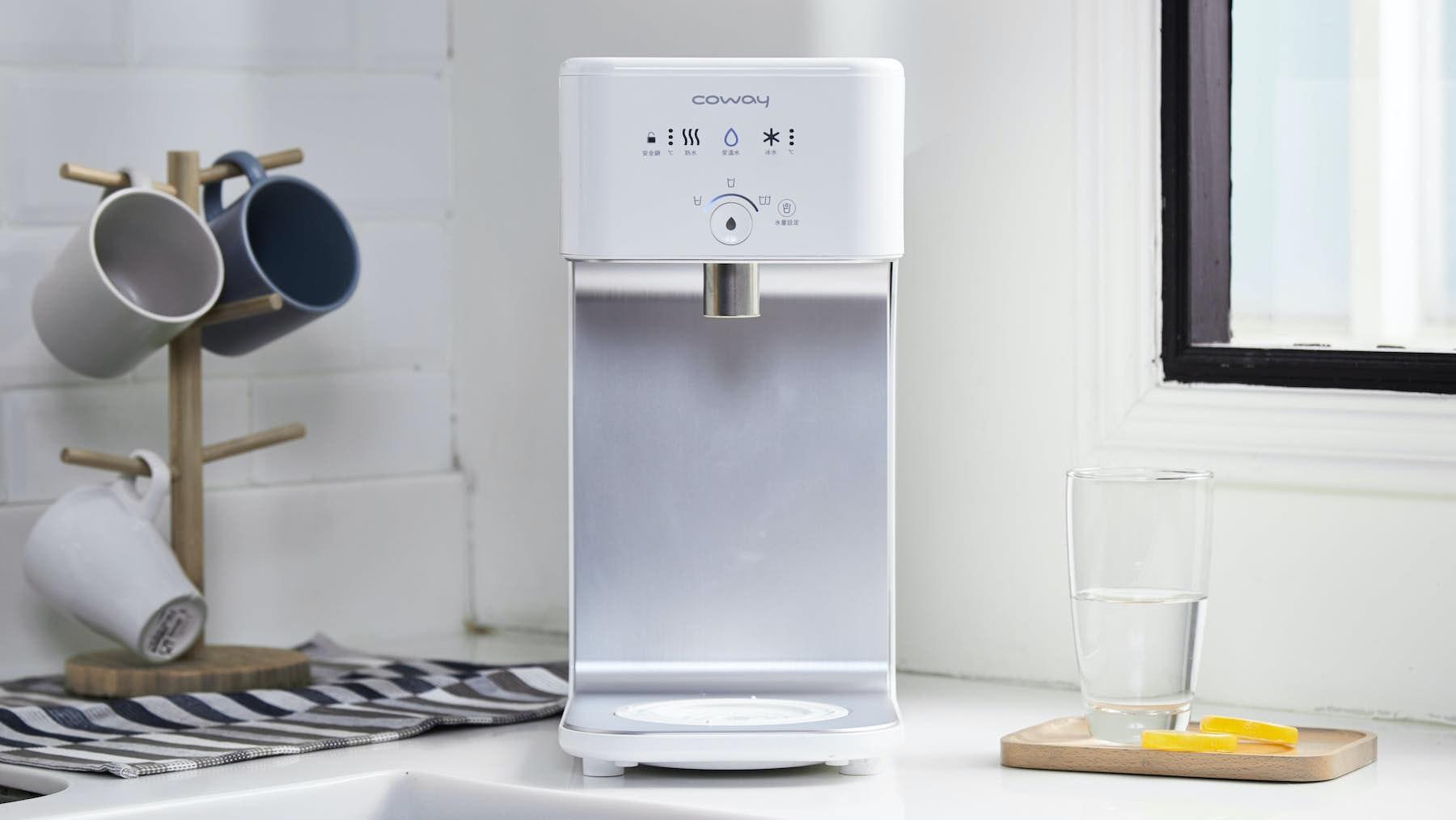 照片中提到了Coway、: SSS O、水量設定,包含了coway 飲水機 香港、淨水器、器具、飲水機、5%回饋無塵科威濾浄智控飲水型機冰溫熱變色CHP-242N