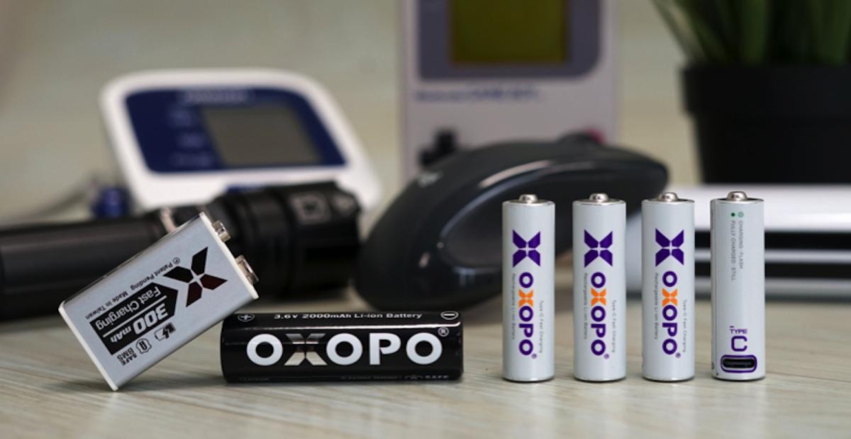 照片中提到了OdOYO、的 O、300mAh,包含了小工具、電子配件、產品設計、小工具、相機配件
