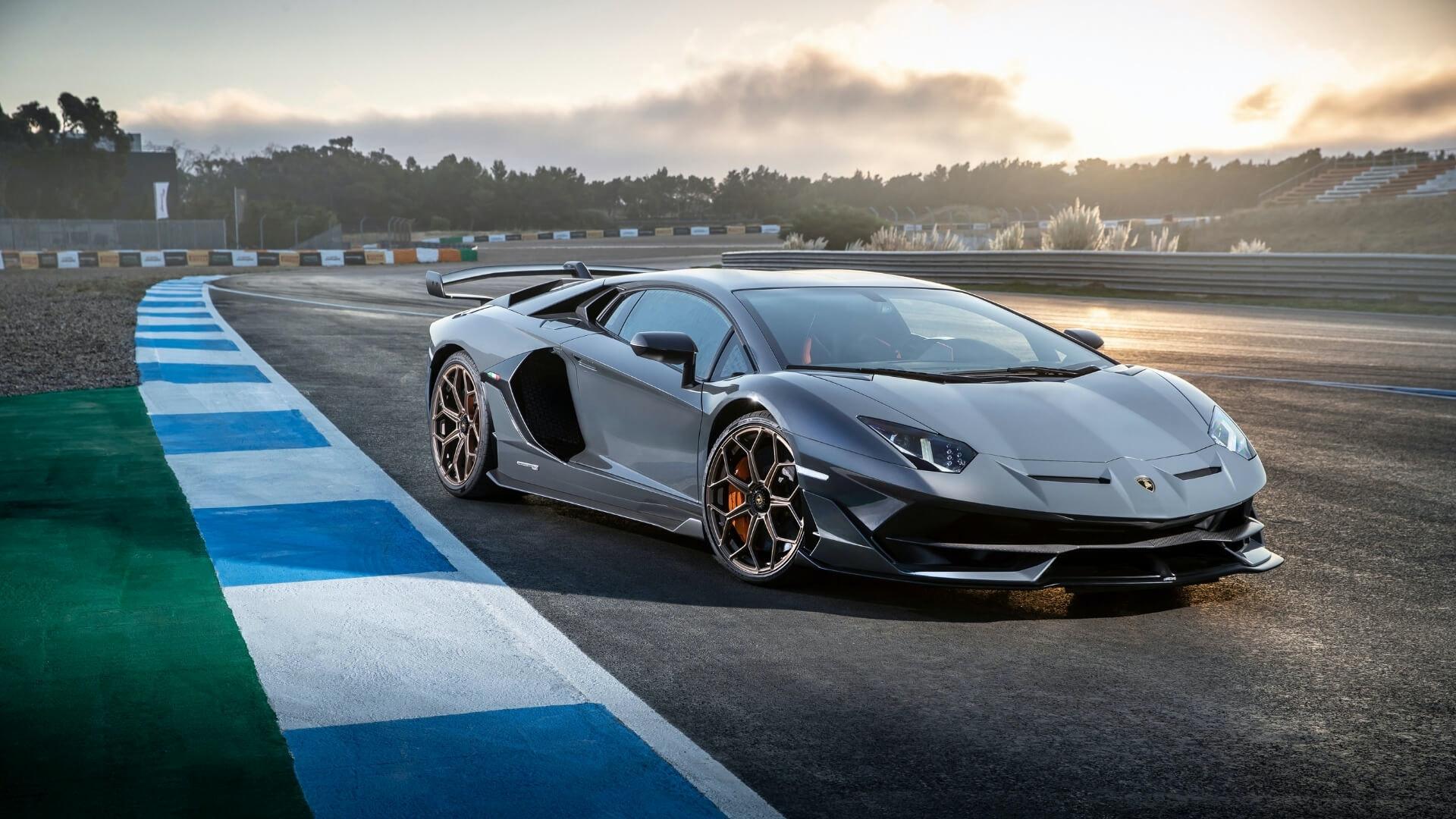 照片中包含了蘭博基尼aventador svj、2019蘭博基尼Aventador SVJ、蘭博基尼、汽車、跑車