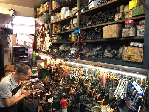 汽車發電機翻修復活全記錄 隱藏在板橋小巷內的再生行