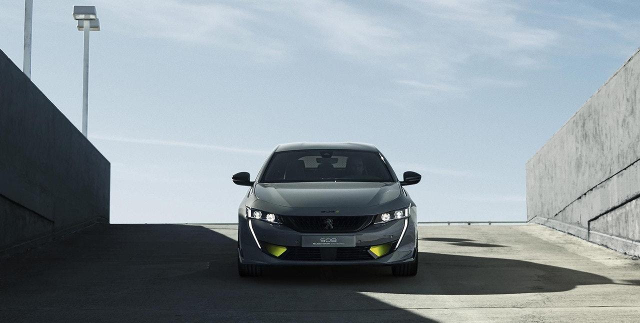 照片中提到了S08,包含了標致508 Sport Engineered、標致、汽車、標致、跑車