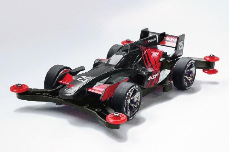 照片中提到了25、CO、ADV,包含了一級方程式賽車、微型、汽車、迷你四驅、豐田TS050 Hybrid
