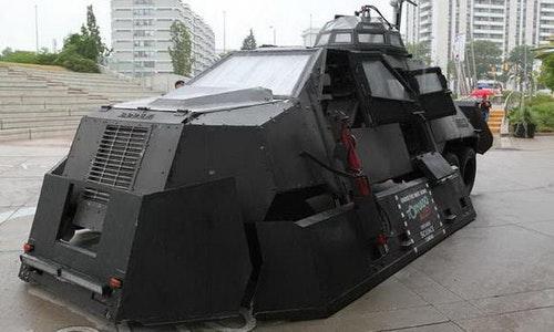 追風部隊保命利器 TIV-2裝甲車!!