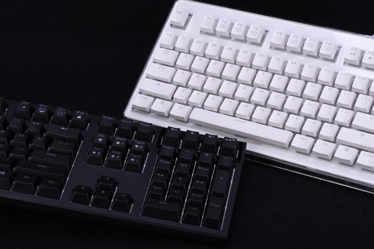是[壞朋友動手玩]台日無接點電容式 RGB 鍵盤初相遇:I-Rocks Pilot v.s Topre Realforce RGB這篇文章的首圖